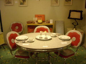 SOLD Pansy chrome dinette