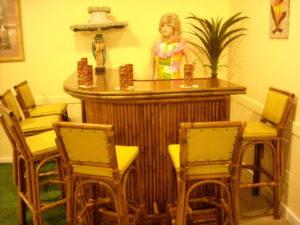 Tiki Bar w/6 stools